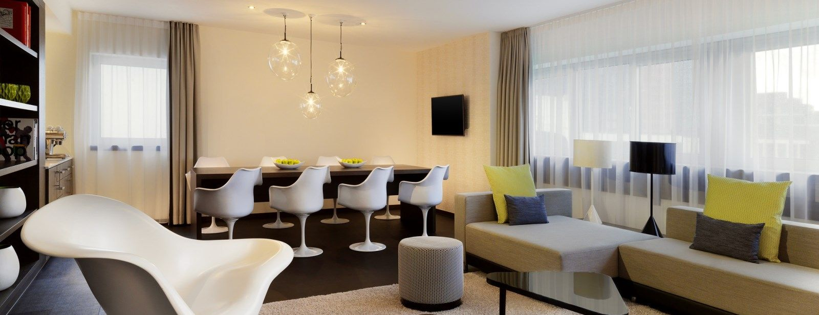 Living Room of the Skyline Suite at Le Méridien Hotel Frankfurt