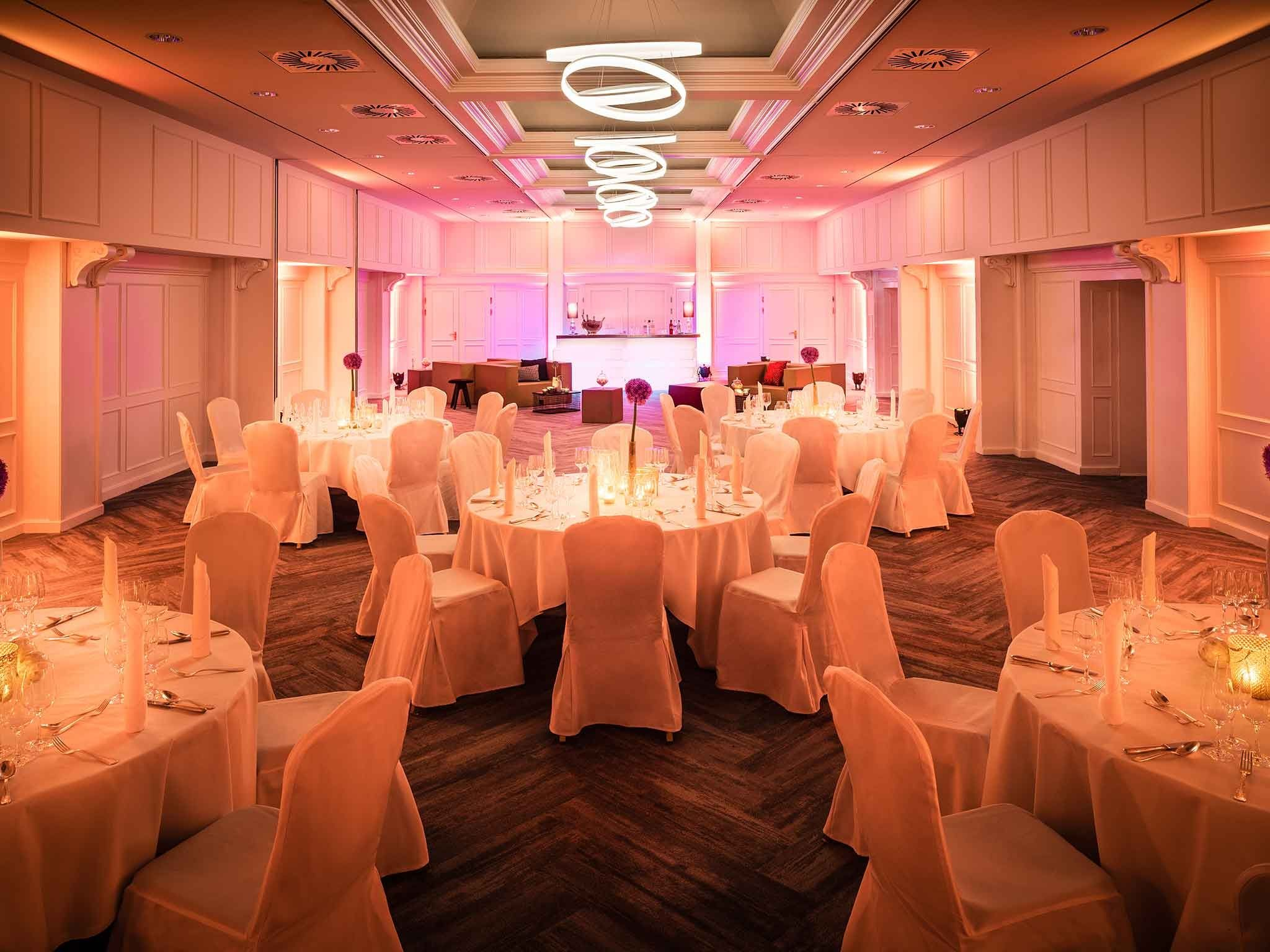 Conference hotel Frankfurt: Banquet in the ballroom - hotel Le Méridien